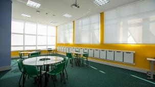 reforma-de-ambiente-para-ensino-medio-do-colegio-carbonell-04